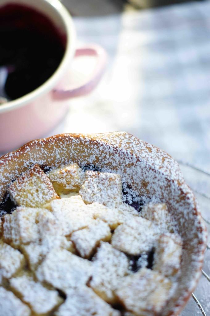 French Toast-Auflauf mit Heidelbeeren ist Dekadenz zum Frühstück mit knusprigem Toast und cremigem Frischkäse.
