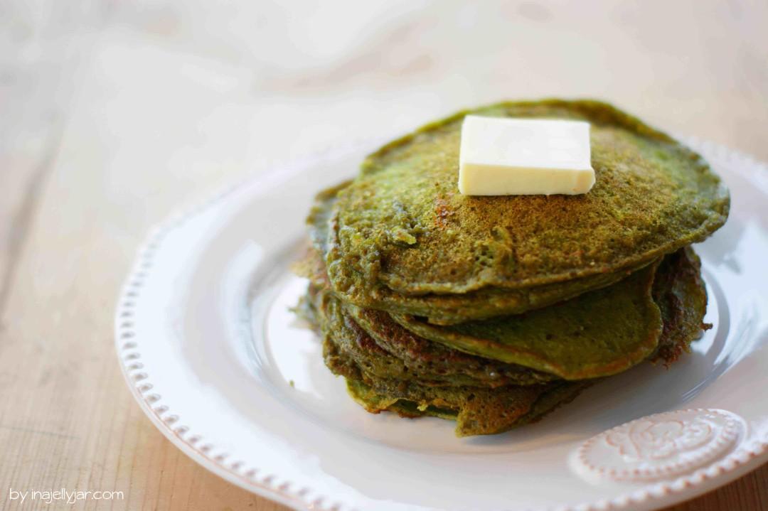einfache Matcha-Pancakes