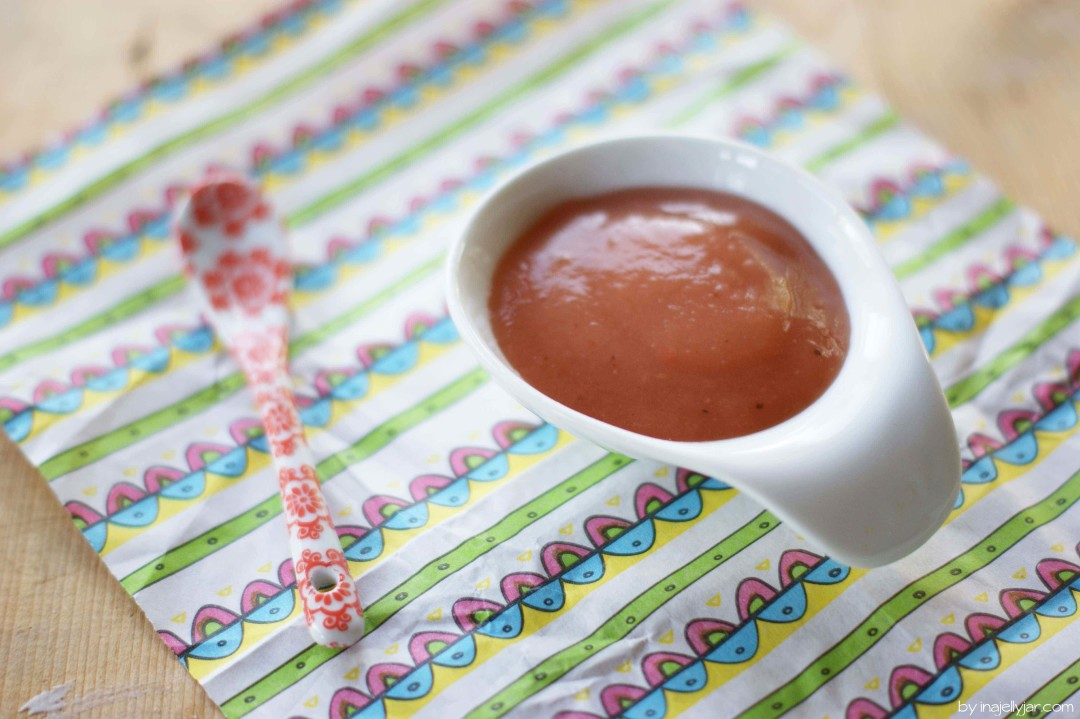 Rhabarber-Apfel-Marmelade mit Marzipan
