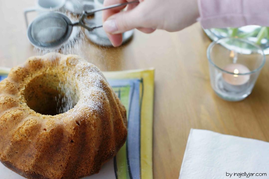 saftiger Zitronen-Mohn-Gugelhupf mit Ricotta