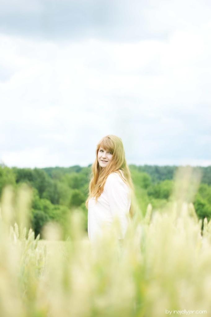 Portrait inmitten der Weizenfelder Sloweniens