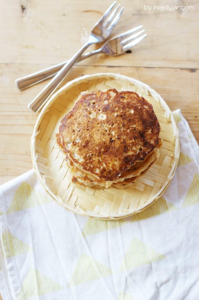 Rustikale vegane Pfirsich-Pancakes