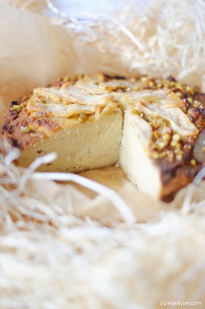 glutenfreier Birnenmuskuchen mit Pistazien