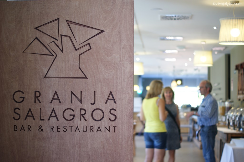 Einladendes Bio-Restaurant im Hotel Mas Salagros
