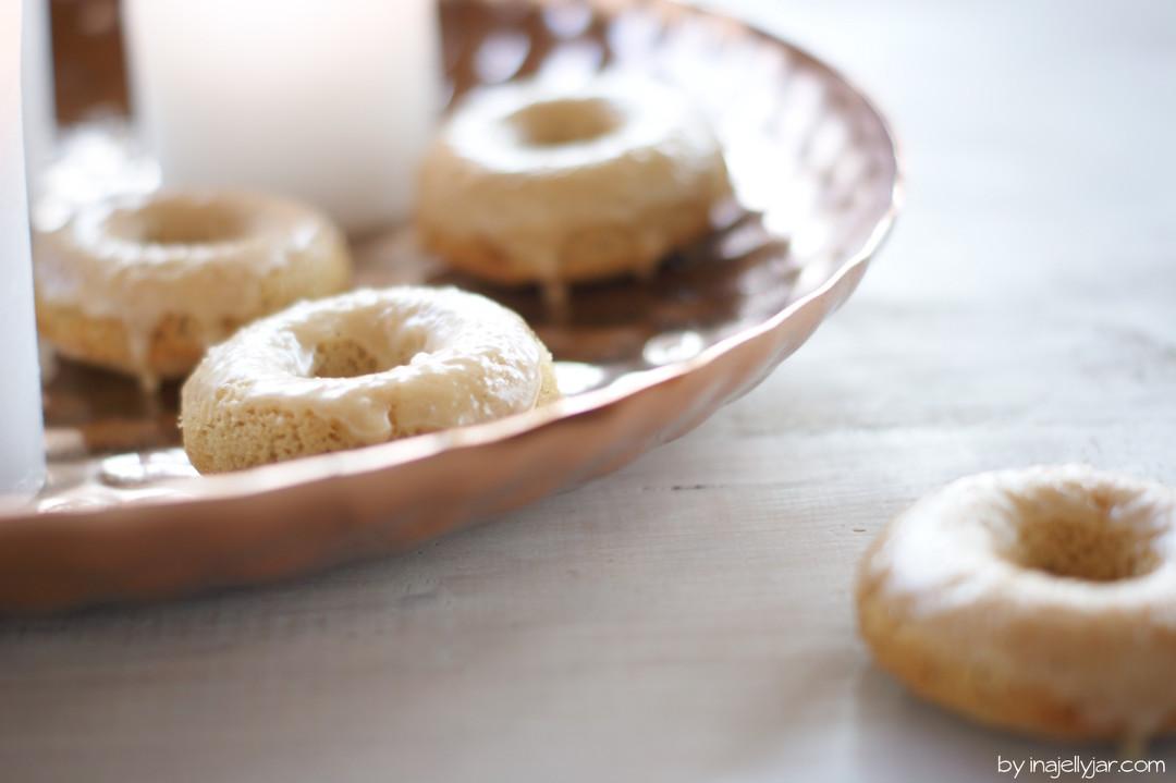 Chai-Donuts mit Chai-Glasur