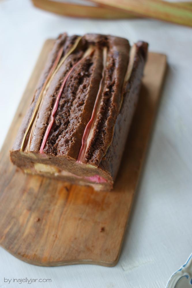 Schoko-Rhabarberkuchen Rezept