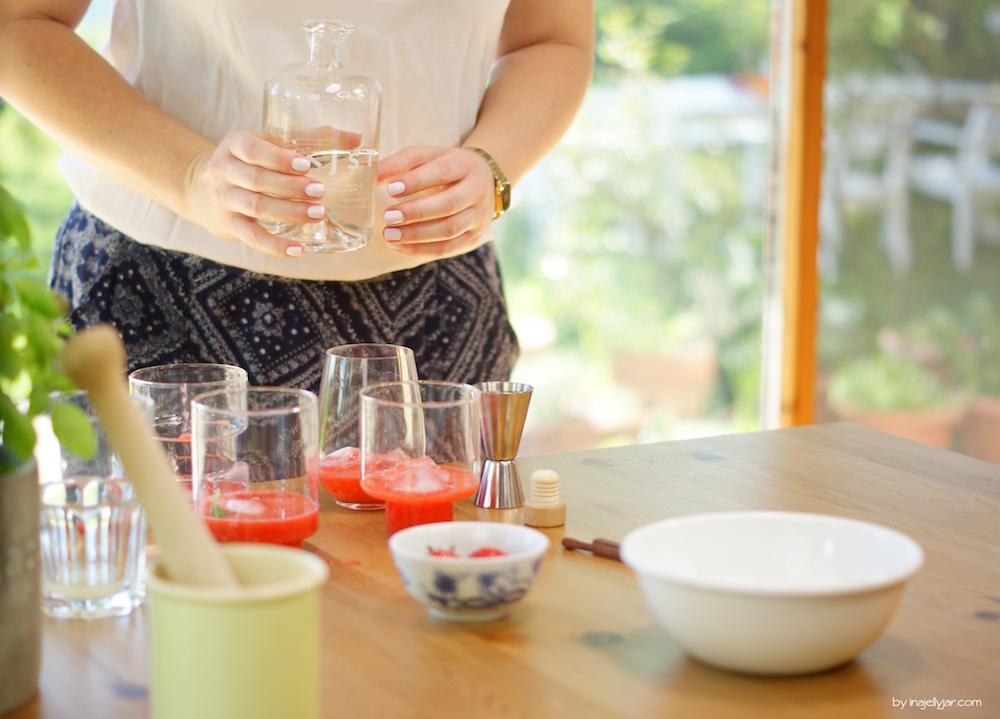 Rezept für Erdbeer Gin Smash mit Basilikum
