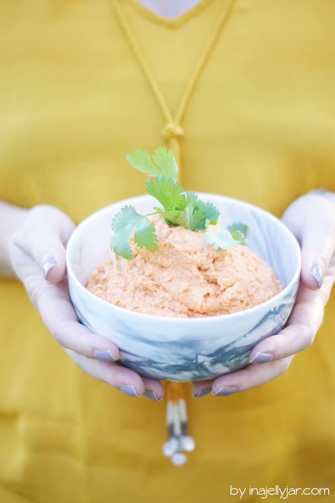 Hummus mit gerösteter Paprika