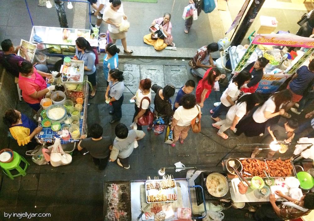Straßenstände am Siam Square in Bangkok