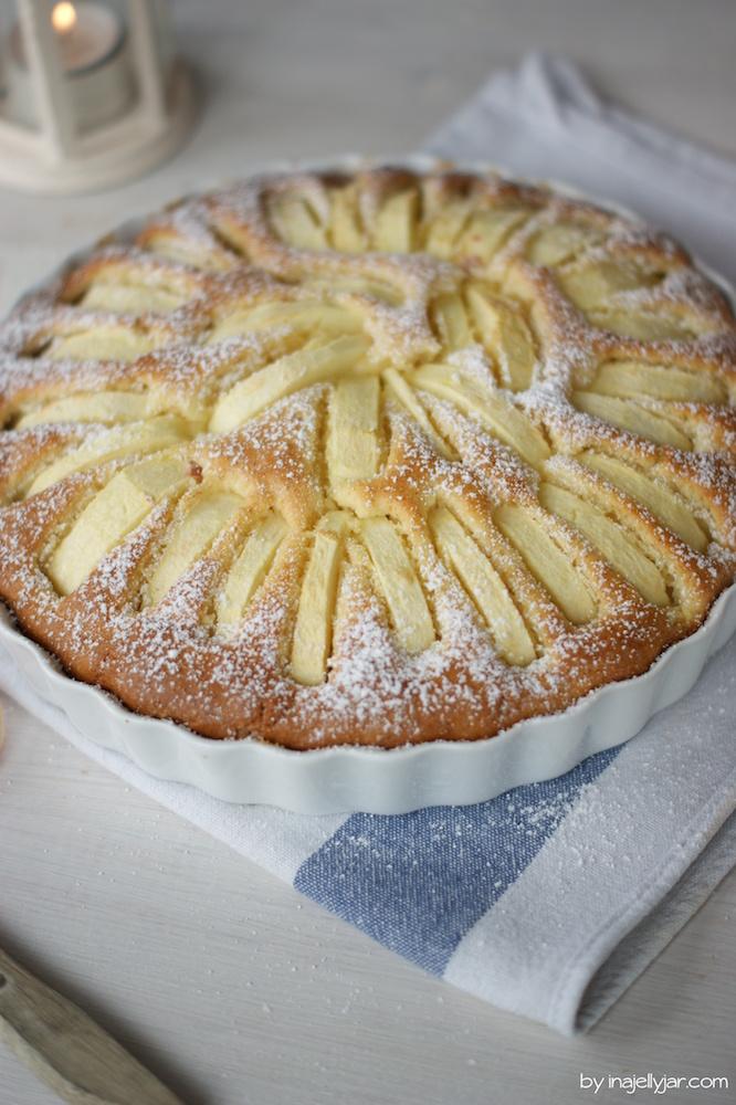 luftiger Apfel-Amaretto-Kuchen