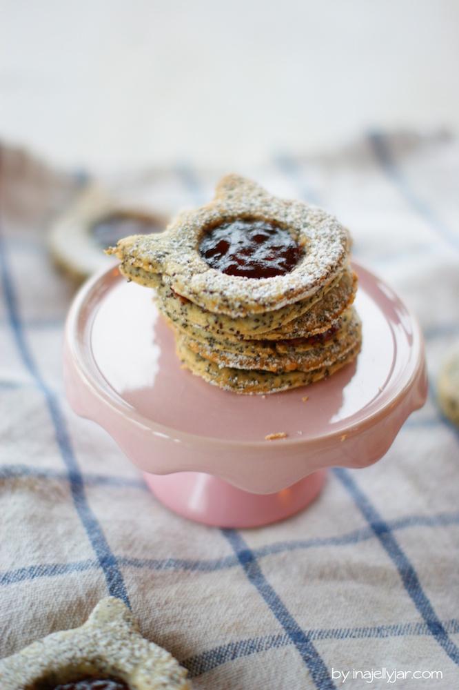 Raffinierte Linzer Augen mit Mohn und Kriecherl-Marmelade