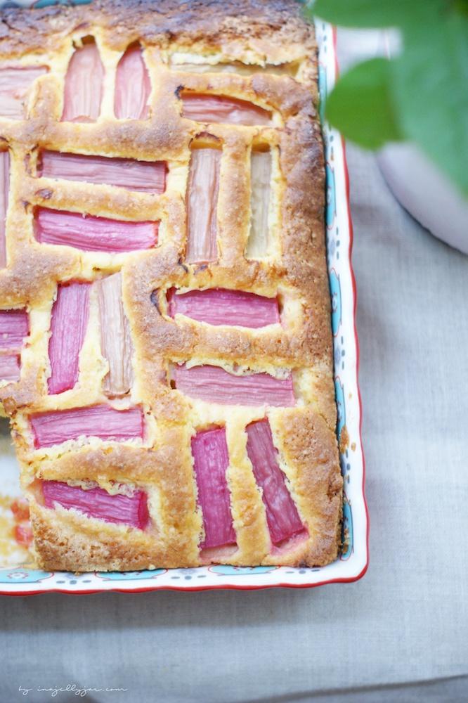 einfacher Rhabarberkuchen