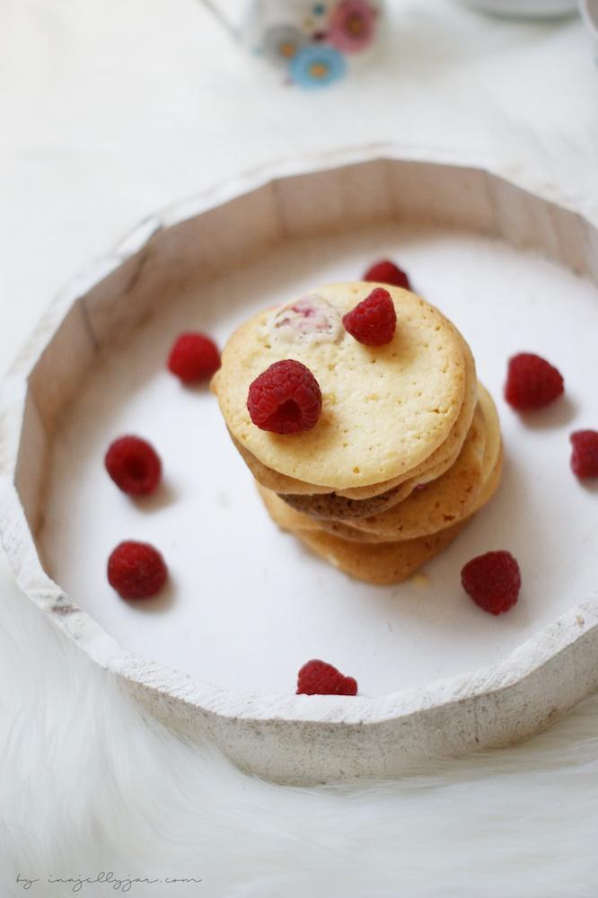 herrlich einfache Cookies mit Himbeeren und Zitrone