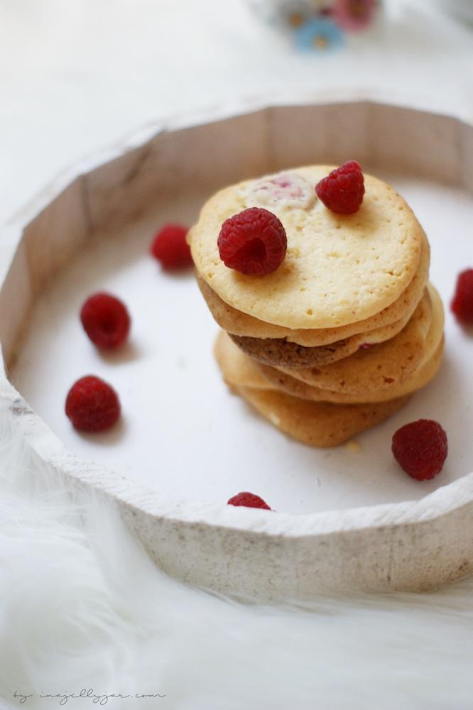 Cookies mit Himbeeren und Zitrone