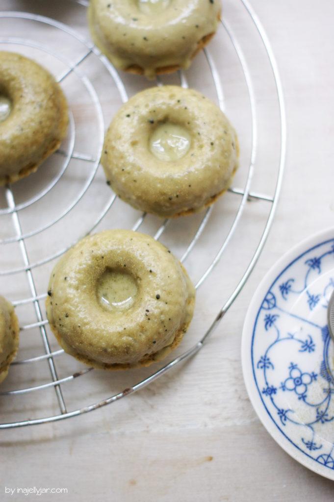 Super saftige Matcha Latte Donuts