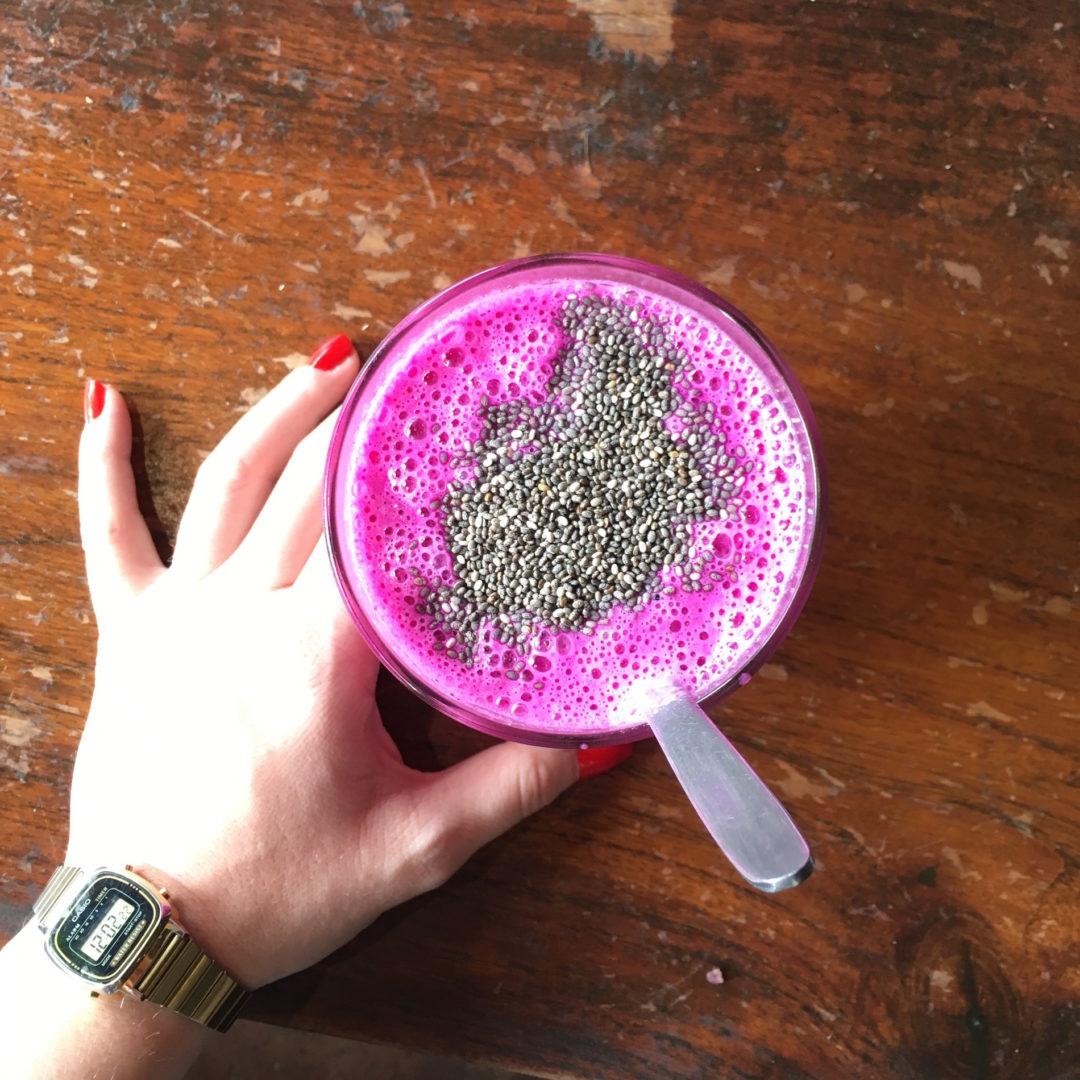 Pinker Smoothie von den besten Restaurants Ubuds