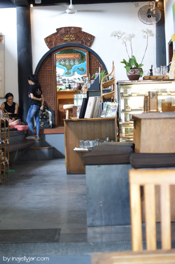 Tresen des Seeds of Life Café, Ubud Bali