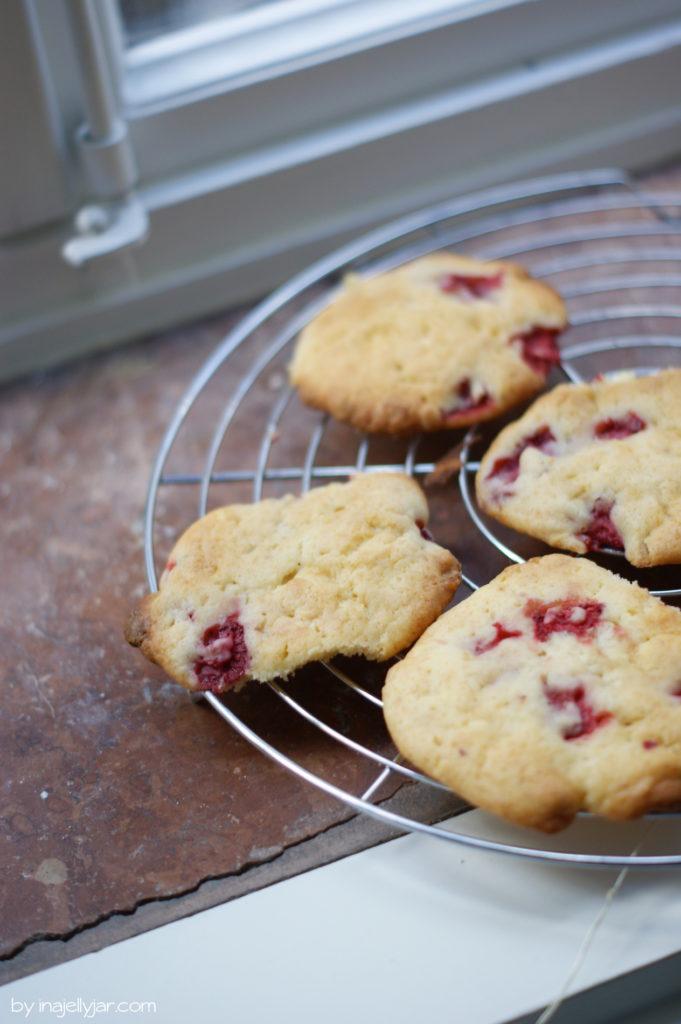 Super saftige Erdbeercookies mit Frischkäse