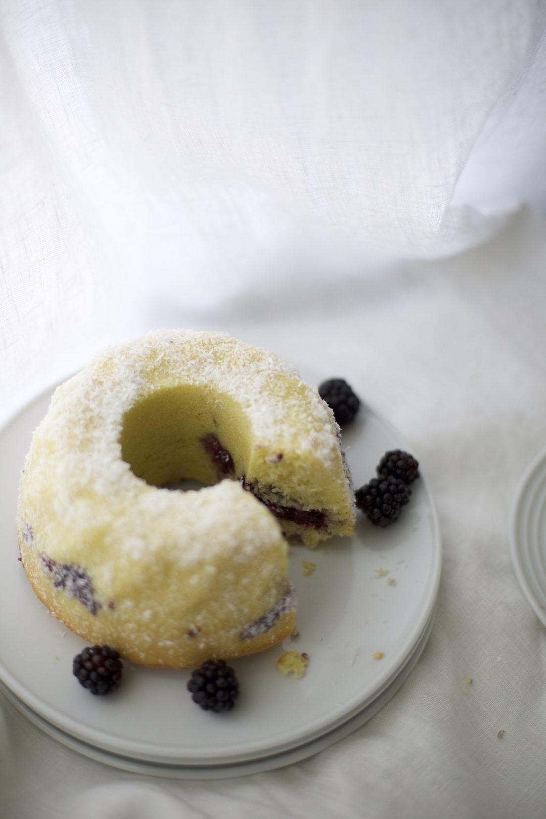Brombeer-Marmorkuchen mit Brombeer-Swirl