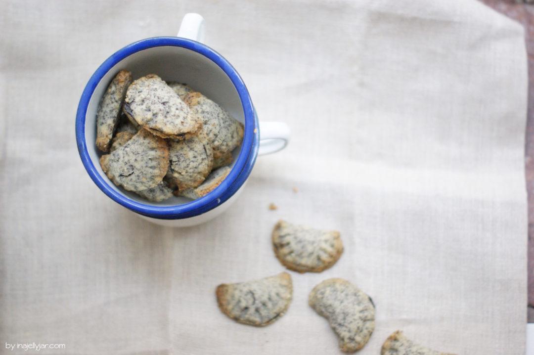Für den Keksteller zu Weihnachten: Powidl-Kekse mit Mohn-Mürbteig