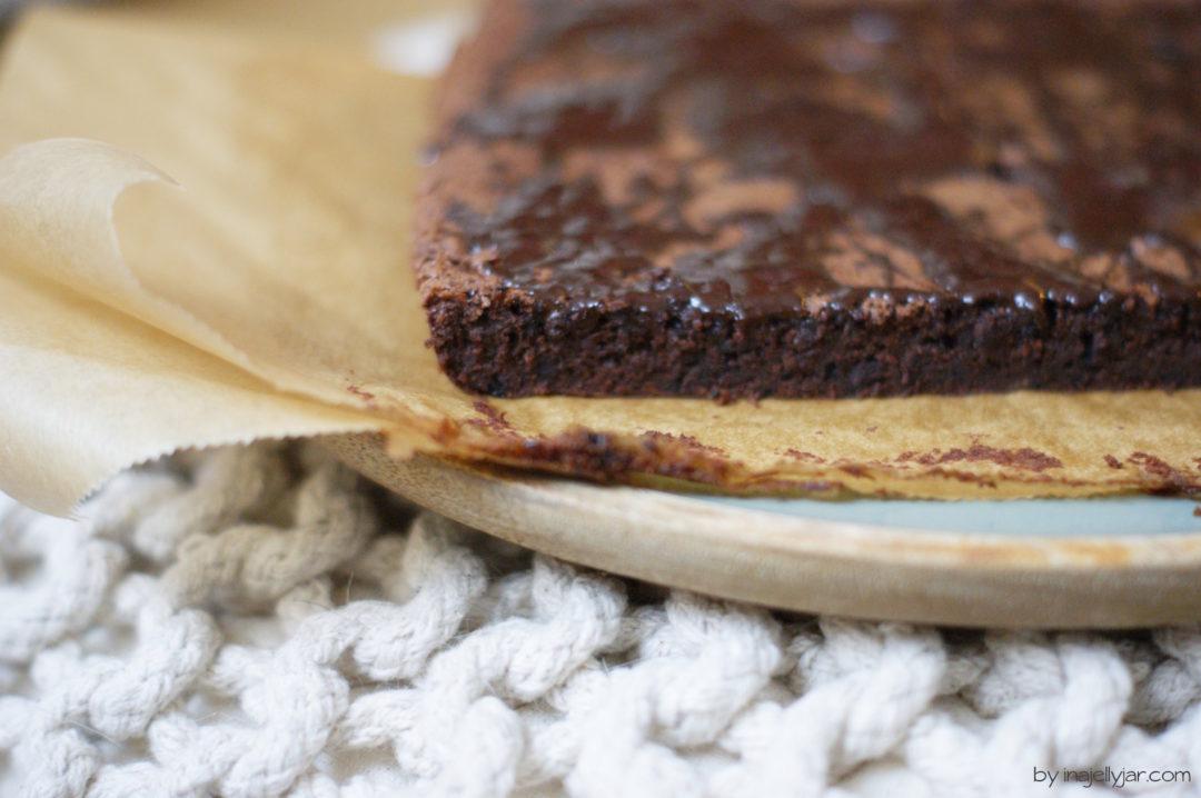 einfache Dirty-Chai-Brownies ohne Mehl und Gluten
