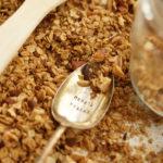 Nuss-Granola mit Paranüssen und Mandeln